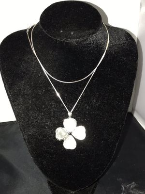 925 Heart locket / four leaf clover with chain for Sale in Edgewood, WA