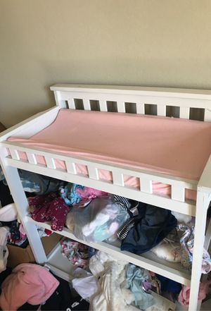 Changing pad table and cover for Sale in West Covina, CA