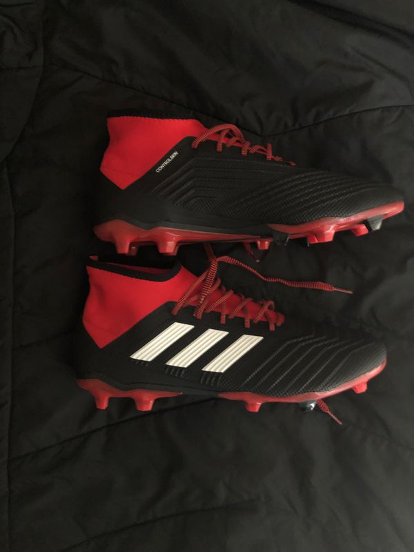 Adidas predator 18.2 men's size 10.5