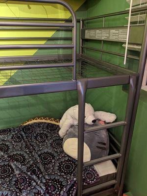 Bunk bed svarta ikea for Sale in Bellevue, WA