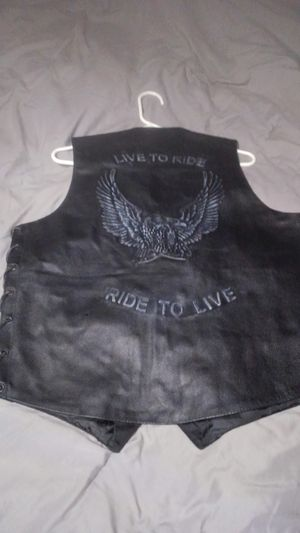 Leather motorcycle vest for Sale in Snohomish, WA