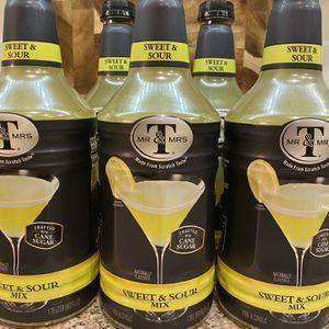 5- NEW Mr & Mrs T Sweat & Sour Mix for Sale in Batavia, IL