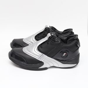 (US 11) Reebok Answer V Allen Iverson Men's Basketball Shoes DV6960 Black Silver for Sale in Euless, TX