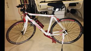 "Cannondale Road BiCannondale CAAD8 Road Bike 58cm / 22"" Large Aluminum for Sale in Arlington, VA"