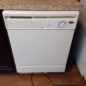 White Whirlpool Dishwasher for Sale in Deville, LA