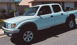 Toyota Tacoma white 2003 for Sale in Anaheim, CA