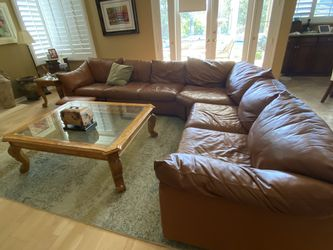 Large/Comfy Leather Couch With Recliner for Sale in Calabasas,  CA