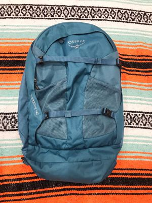 OSPREY Farpoint 40 Travel Backpack Pack Duffle - Blue for Sale in Kenmore, WA