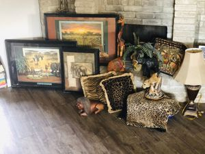 Home decor for Sale in Groves, TX