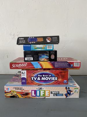 Assorted Games n Puzzles for Sale in Lake Elsinore, CA