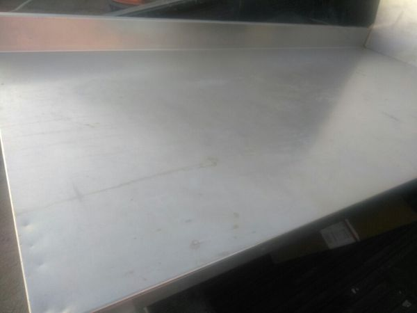 3 different stainless top table