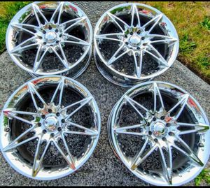 Set of 4 chrome Platinum Wheels for Sale in Everett, WA