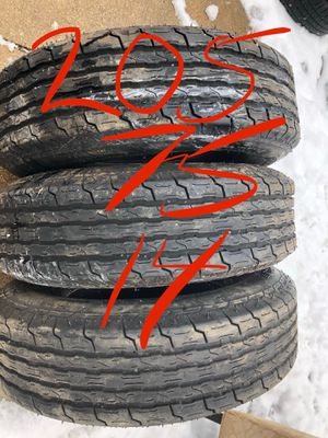 Trailer tires 205 75 15 for Sale in Brook Park, OH