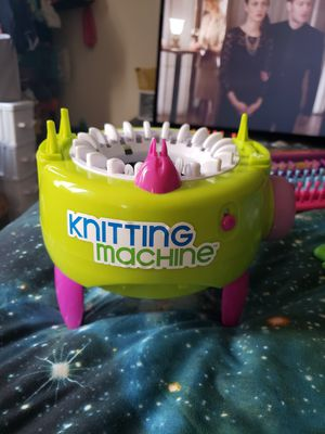 Loom knitting machine for Sale in Lancaster, PA