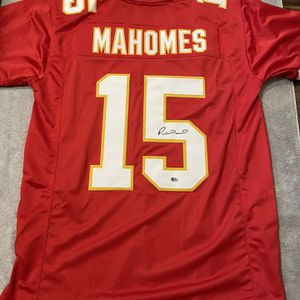 Patrick Mahomes Signed Kansas City Chiefs Jersey with COA for Sale in Phoenix, AZ