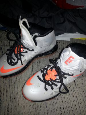 Like new Nikes.and Jordans size 8 for Sale in Glen Burnie, MD