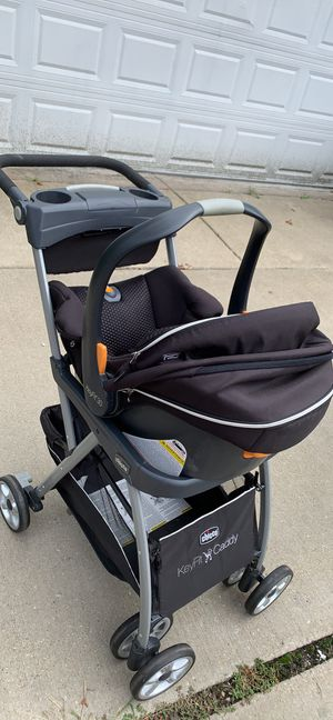 Chicco stroller and car seat with car base for Sale in Oak Lawn, IL