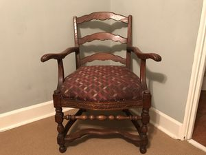 Antique Wood Chair for Sale in Orlando, FL