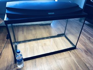 Top Fin 29 Gallon Fish Tank With LED lights for Sale in Fairfax, VA