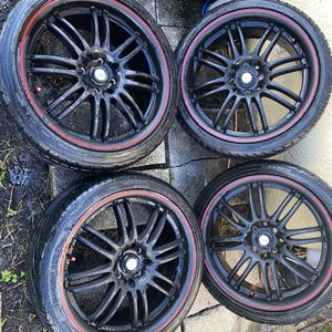 """Black Rims With Red Details 17"""" Rims for Sale in Hialeah, FL"""