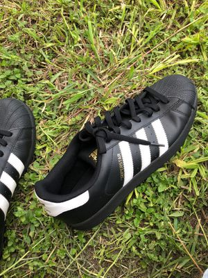 Addidas size 9 for Sale in Victoria, TX