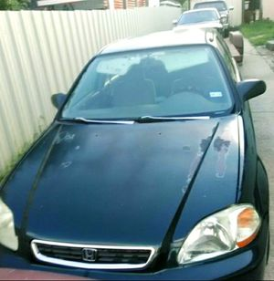 Honda Civic 1997 4 door great Condition ac and heater work for Sale in Dallas, TX