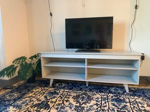 """Grey TV Stand for TVs up to 65"""" for Sale in Brooklyn, NY"""