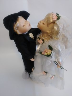 Porclien Wedding doll for Sale in Babson Park, FL