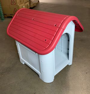 """Brand New $45 Plastic Dog House Small/Medium Pet Indoor Outdoor All Weather Shelter Cage Kennel 30x23x26"""" for Sale in Pico Rivera, CA"""