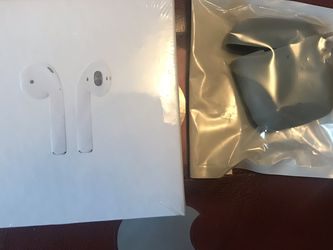 AirPods Second Generation for Sale in Springfield,  IL