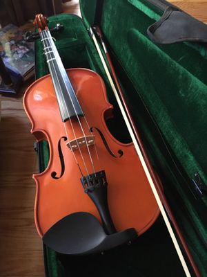 PARROT BRAND VIOLIN, BOW & CASE for Sale in Tustin, CA