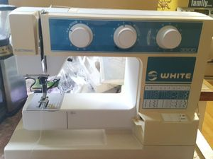 "Nice ""white"" sewing machine. Works very well just needs a little oiling from none use. All parts come with. for Sale in Aberdeen, WA"