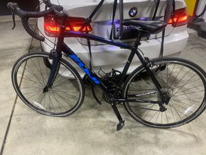 Road bike Fuji sportif 2.5 - like new 56cm for Sale in Monterey Park, CA