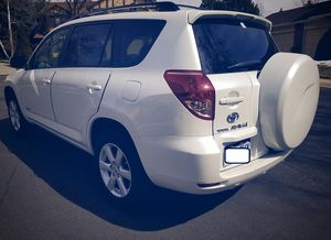 Clean interior 2006 TOYOTA RAV4 New tires for Sale in Fort Worth, TX
