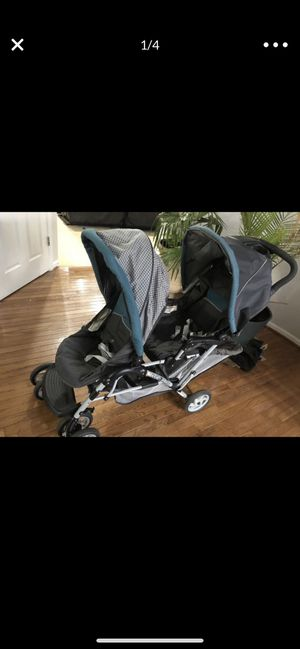 Double stroller for Sale in Ashburn, VA