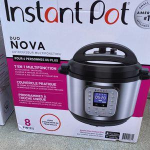 Instant Pot Duo Nova 8qt 7-in-1 for Sale in Ontario, CA