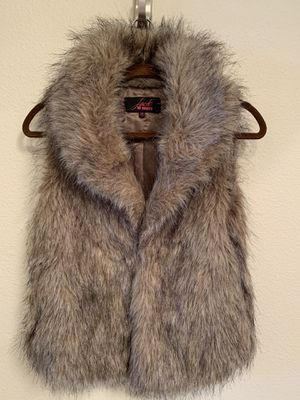 Faux fur vest and ear muffs for Sale in Bellevue, WA