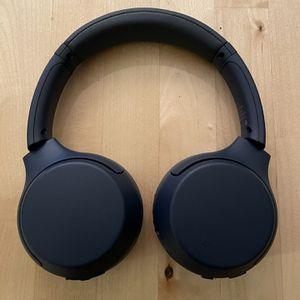 Sony WHXB 700 Headphones for Sale in Alexandria, VA