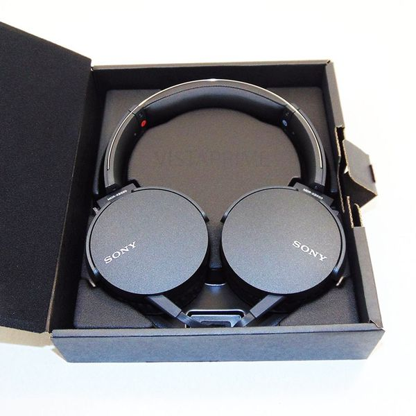 Sony Stereo Headphones XB550AP brand new. Extra Bass, hands Free calls
