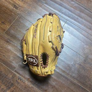 Louisville Slugger Tpx Baseball/Softball Glove for Sale in San Bernardino, CA