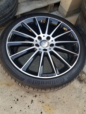 Amg 19s mercedes c300 oem rims with tires for Sale in La Verne, CA