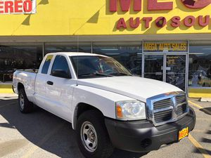 06 Dodge Dakota ST Club Cab SB for Sale in Wenatchee, WA