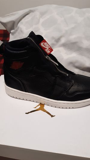 Jordans retro 1 women's size 7.5 must come to me thanks for Sale in Ross, OH