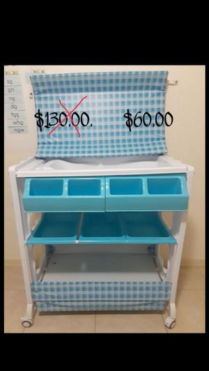 Baby changing table & bathtub and Organizer storage for Sale in Cape Coral, FL