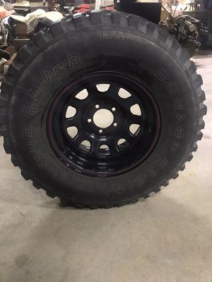 "31""x15""truck tire for Sale in Hesperia, CA"