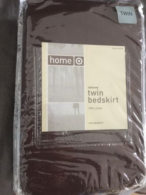 Tailored Bedskirt- Twin- 💯 cotton- new in package for Sale in Long Beach, CA