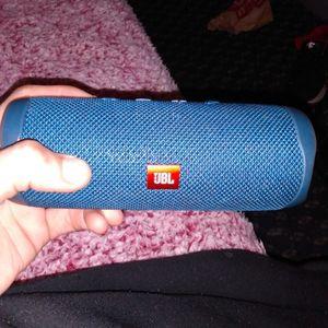 Jbl Jflip 5 Bluetooth Speaker for Sale in Arlington, VA