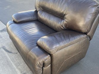 Brown Leather Couch And Love seat for Sale in Westminster,  CA