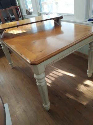 Dining table set for Sale in Traverse City, MI