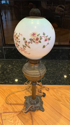Antique Victorian Brass Lamp for Sale in Chagrin Falls, OH